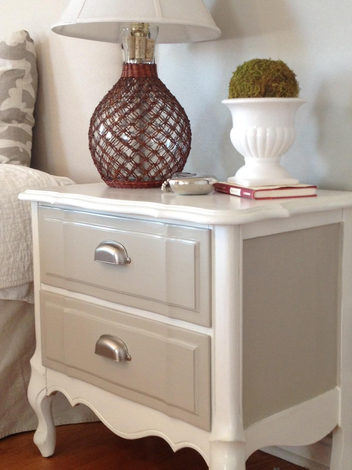 Two Yourself Refinished Nightstand Diy Chalk Paint