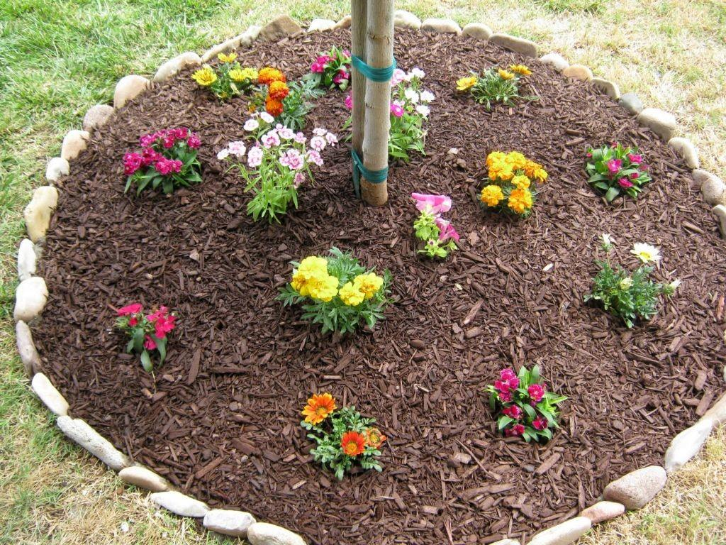 Types Stones Flower Beds Must Know