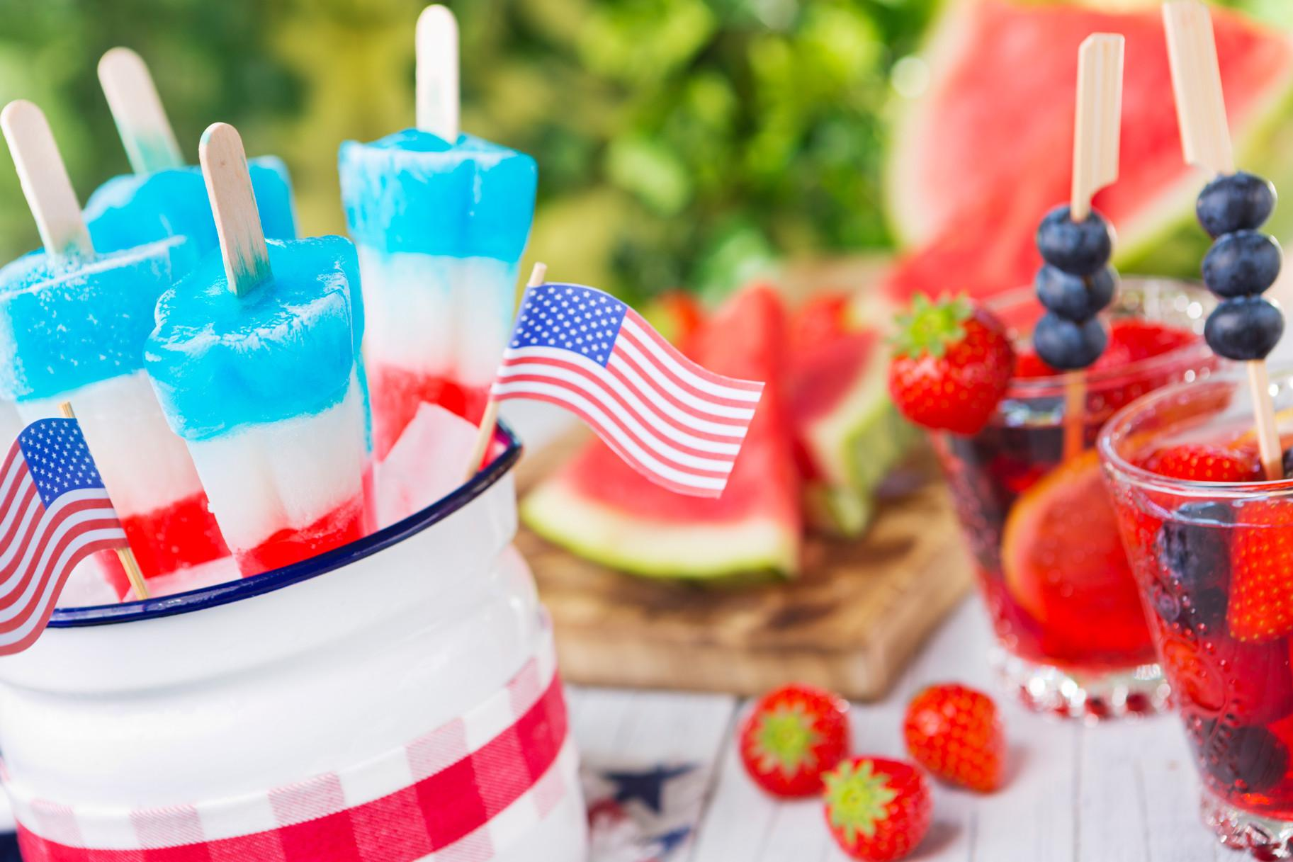 Ultimate July 4th Cocktails America Top Bars