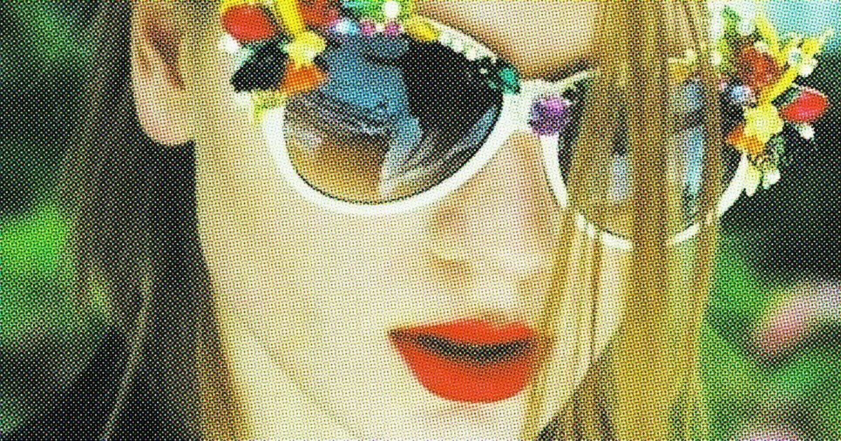 Ultra Chic Ways Make Your Sunnies Perfect Summer