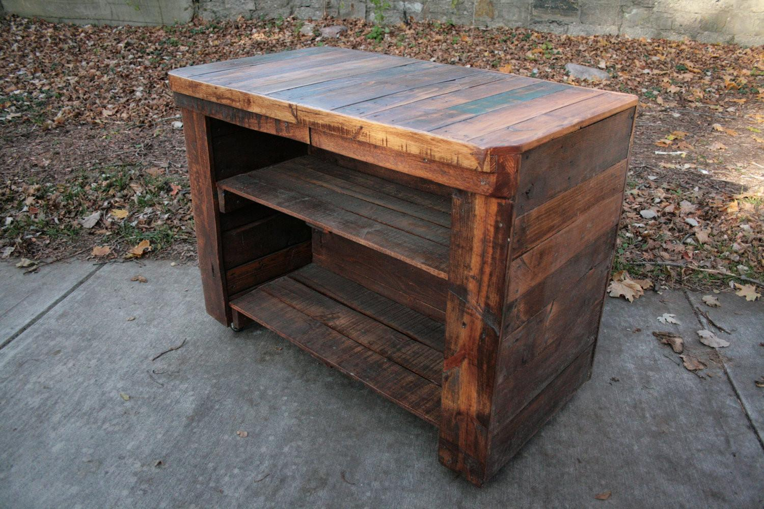 Unique Cubical Wood Pallet Nightstand Ideas