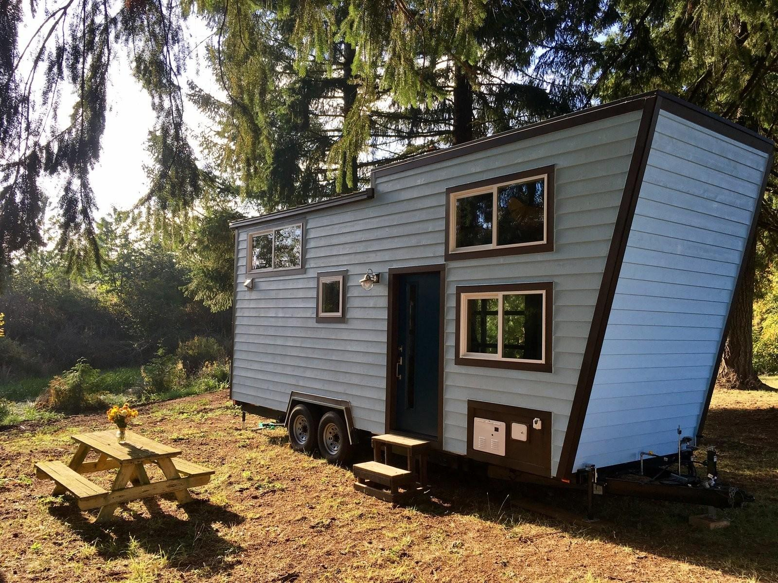 Unique Tiny Home Lets Its Owners Climb Wall
