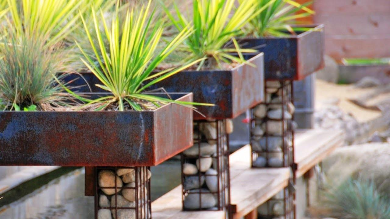 Unusual Creative Garden Planter Ideas