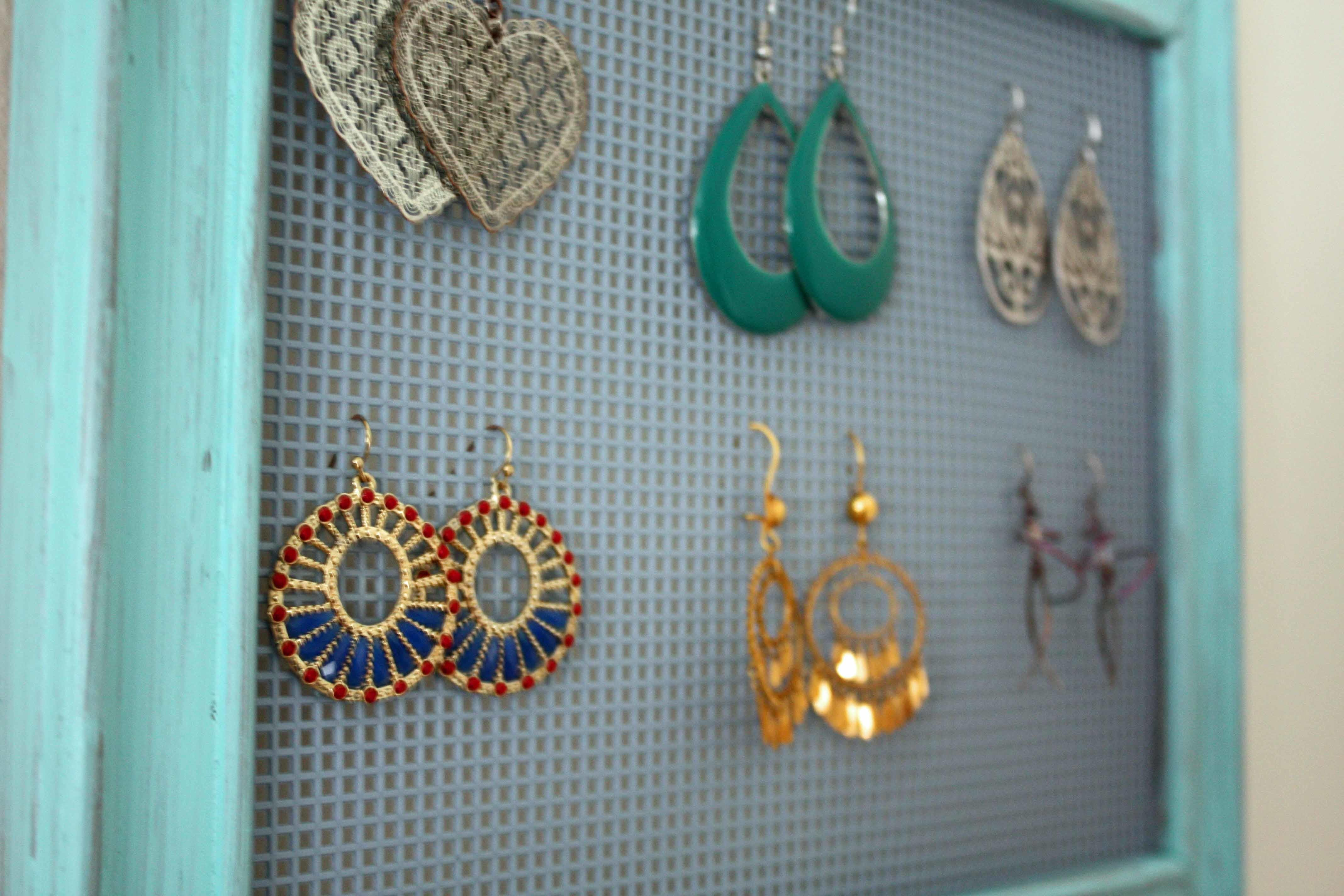 Unusual Designed Diy Jewelry Holders Which Colored