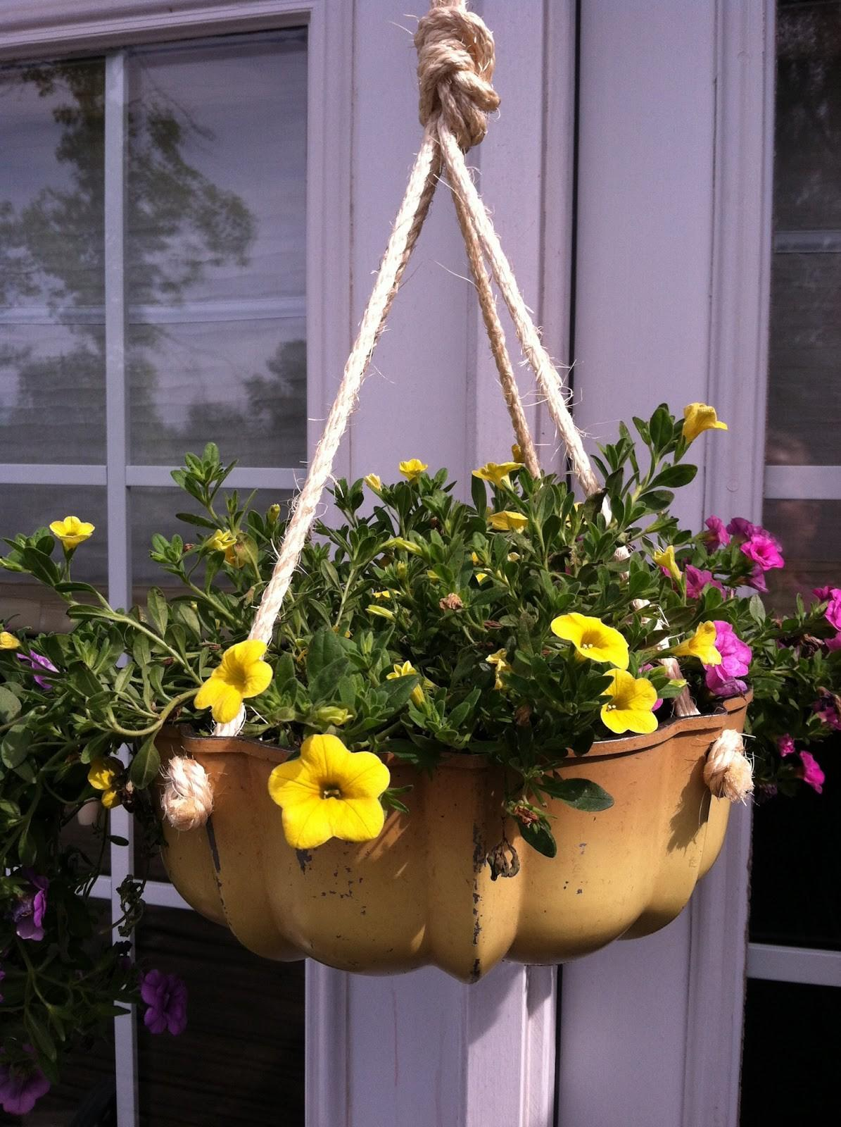 Upcycled Stuff Make Flower Pot Out Thrifty