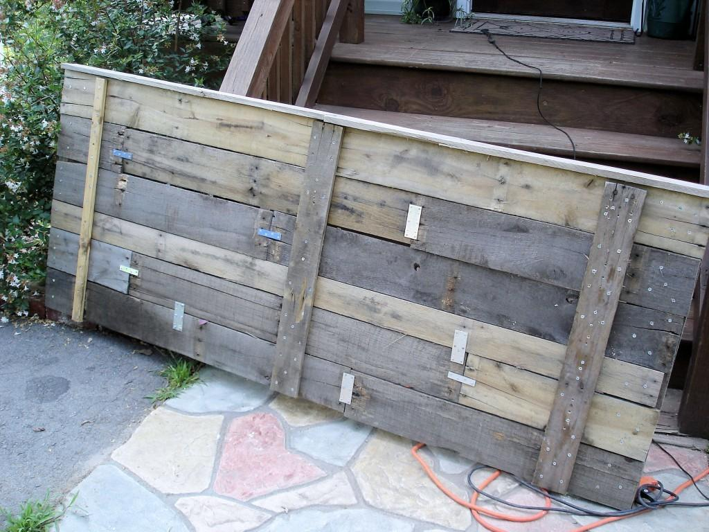 Upcycling Pallet Headboard Lovely Crafty Home 2017