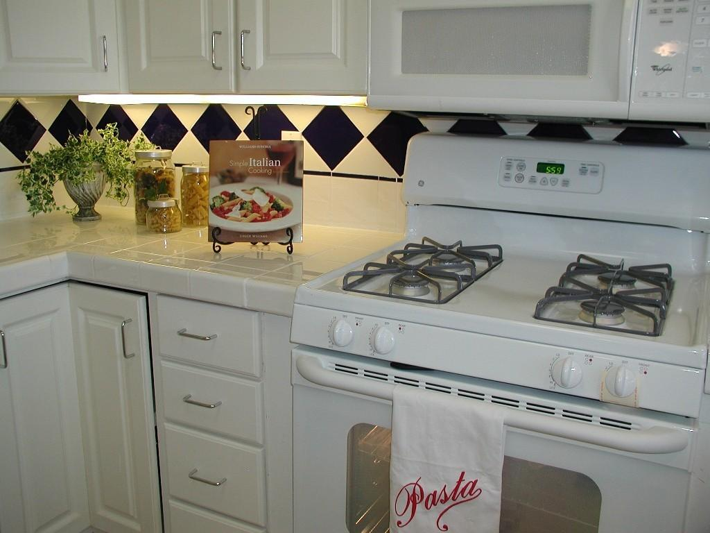 Using Cookbooks Home Staging Real Houses Bay