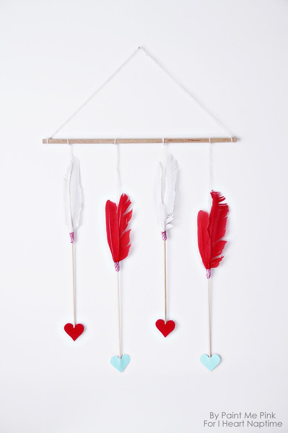 Valentine Day Arrows Wall Hanging Heart Nap Time