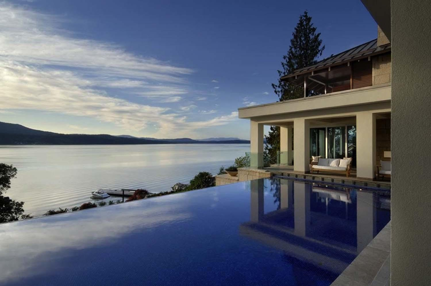 Vancouver Island Residence Completely Surrounded Water