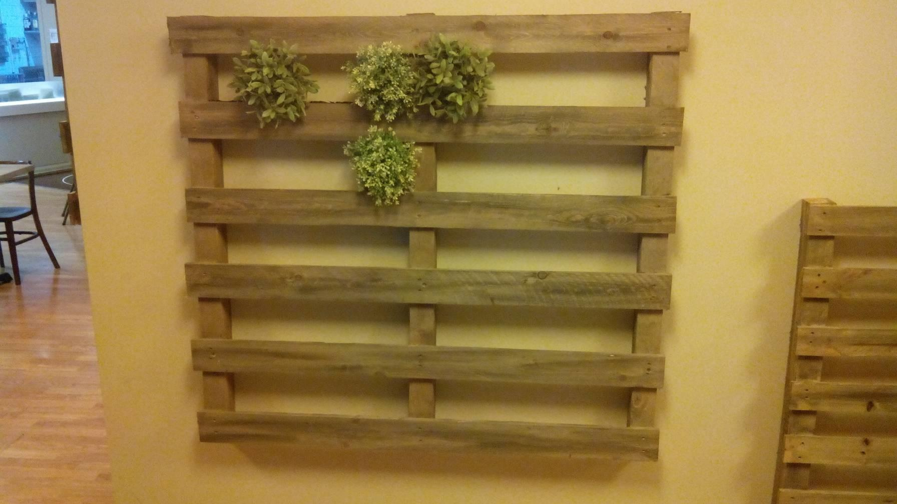 Vertical Garden Made Palletsdiy Pallet Furniture