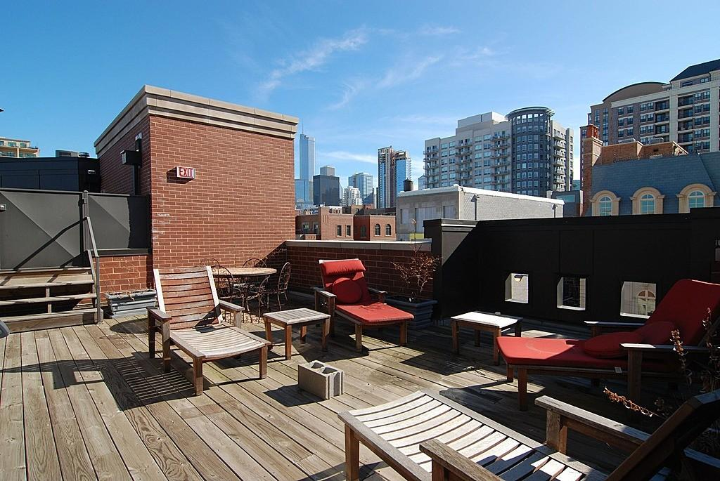 Vince Vaughn Chicago Townhouse Rent 500 Month