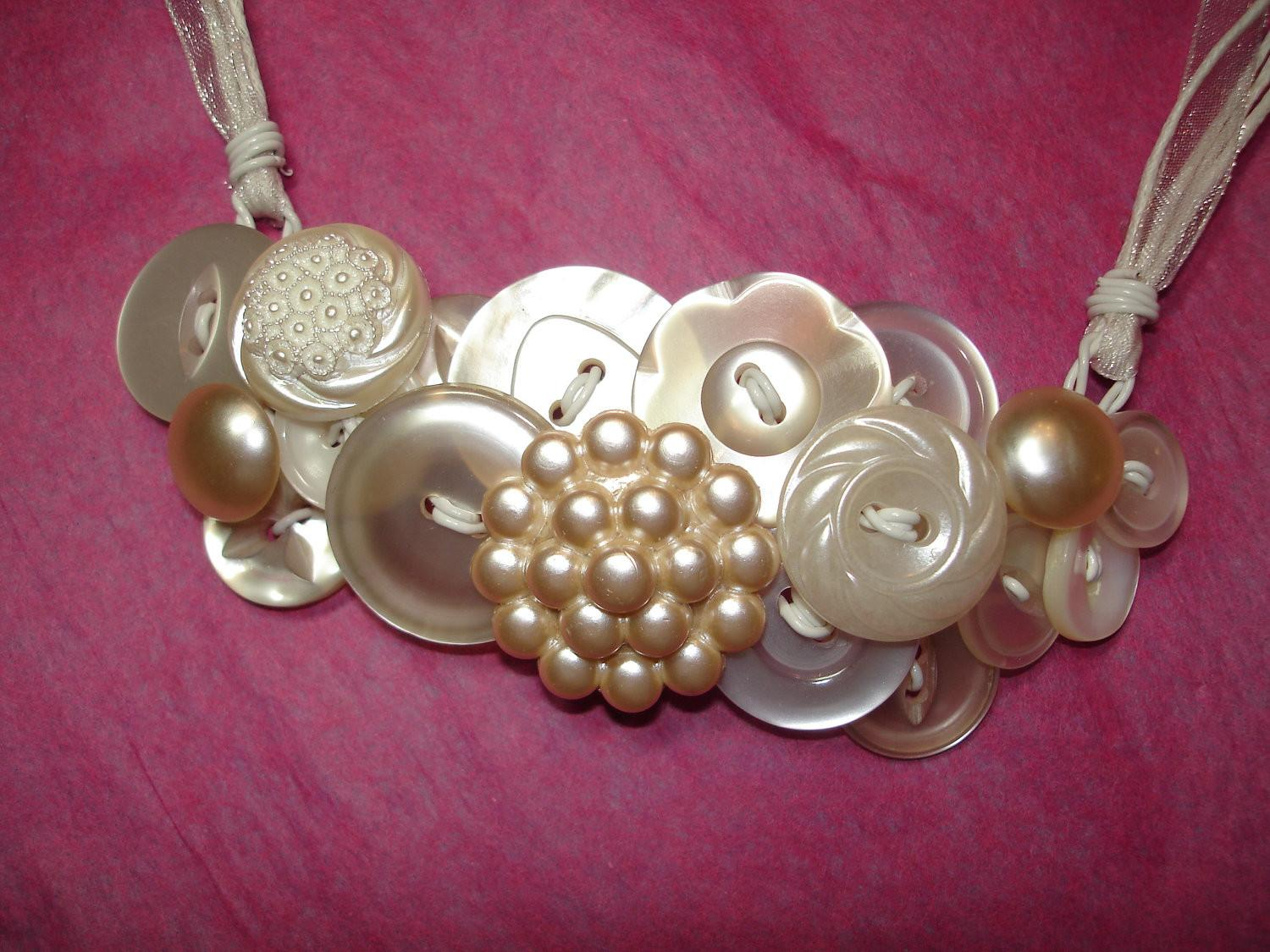 Vintage Button Necklace Jewelry Pearl Buttons