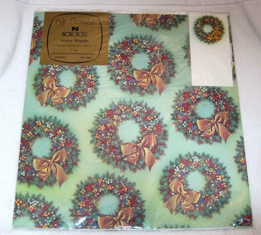 Vintage Norcross Festive Wreaths Wrapping Paper Mint