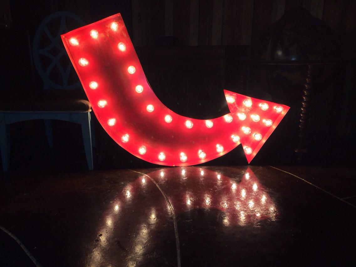 Vintage Rustic Painted Marquee Curved Arrow Sign