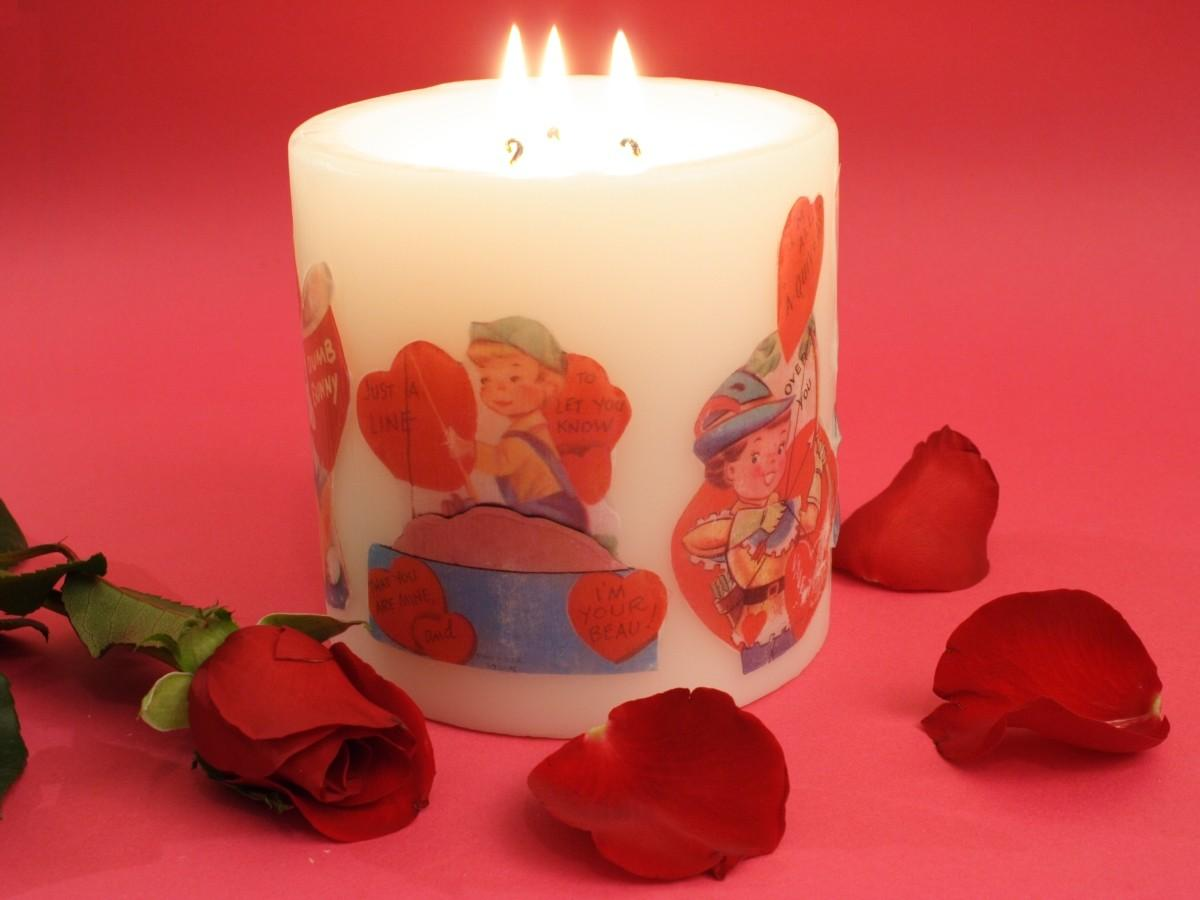 Vintage Valentine Candle Chica