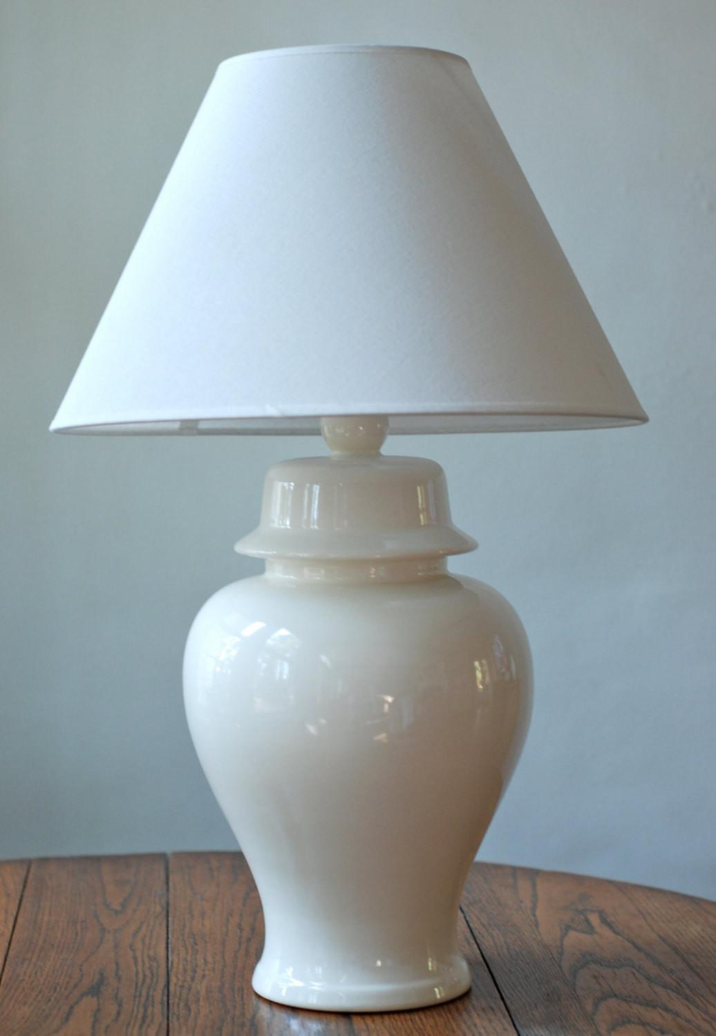 Vintage White Ceramic Ginger Jar Table Lamp