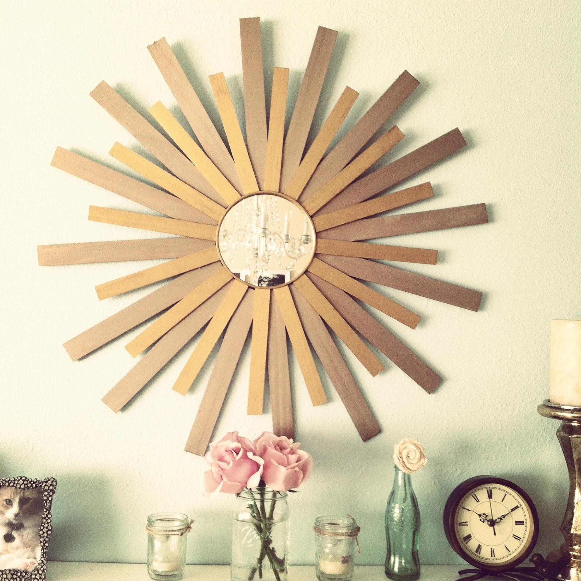 Wall Decor Minimalist Sunburst Mirrors Gold