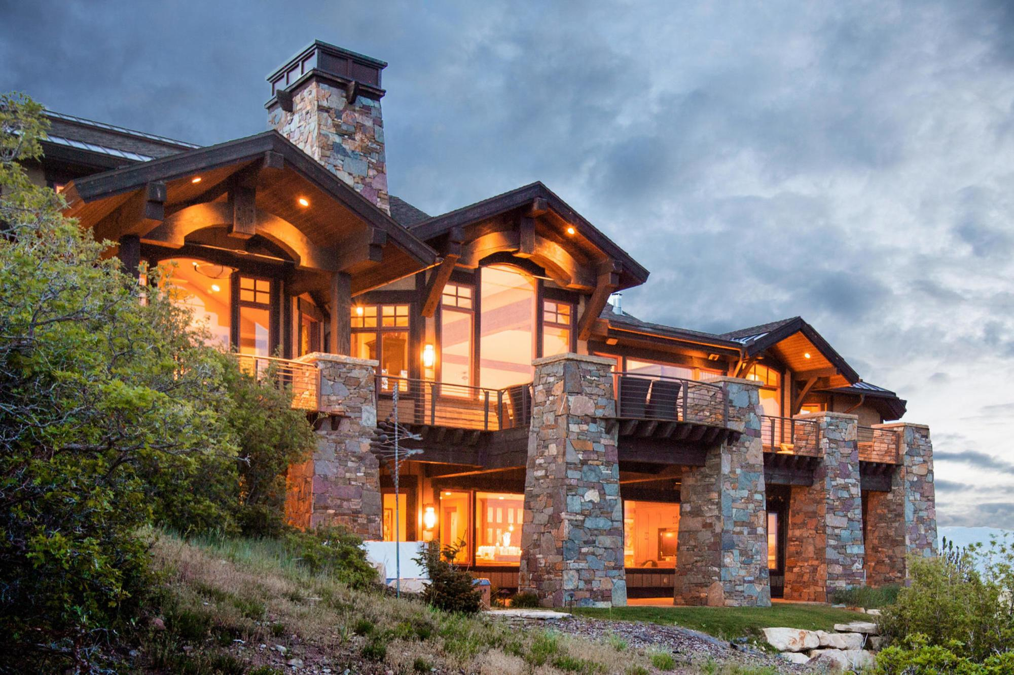 Warm Contemporary Promontory Home 270 Degree Mountain