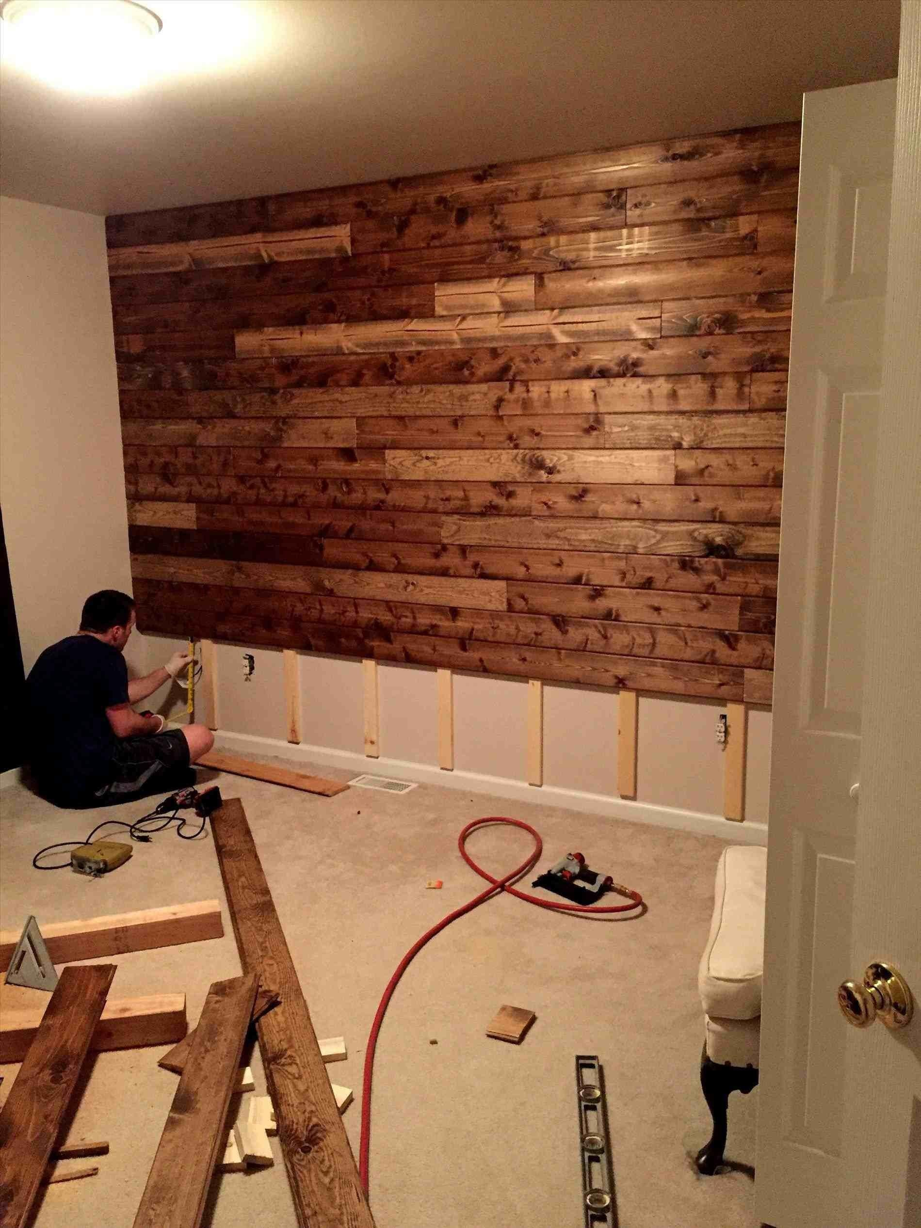 Really Awesome Diy Wood Pallet Wall That Will Bring Luck To Your Home In 2020 Look Fabulous Decoratorist