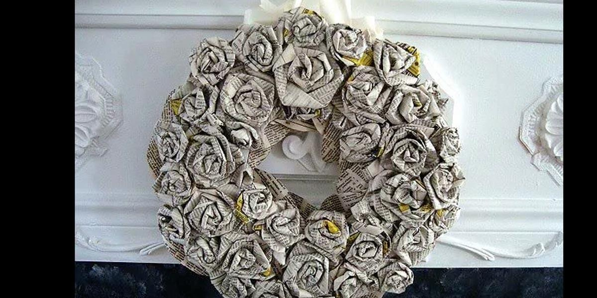 Watch She Makes Amazing Rolled Paper Roses Wreath