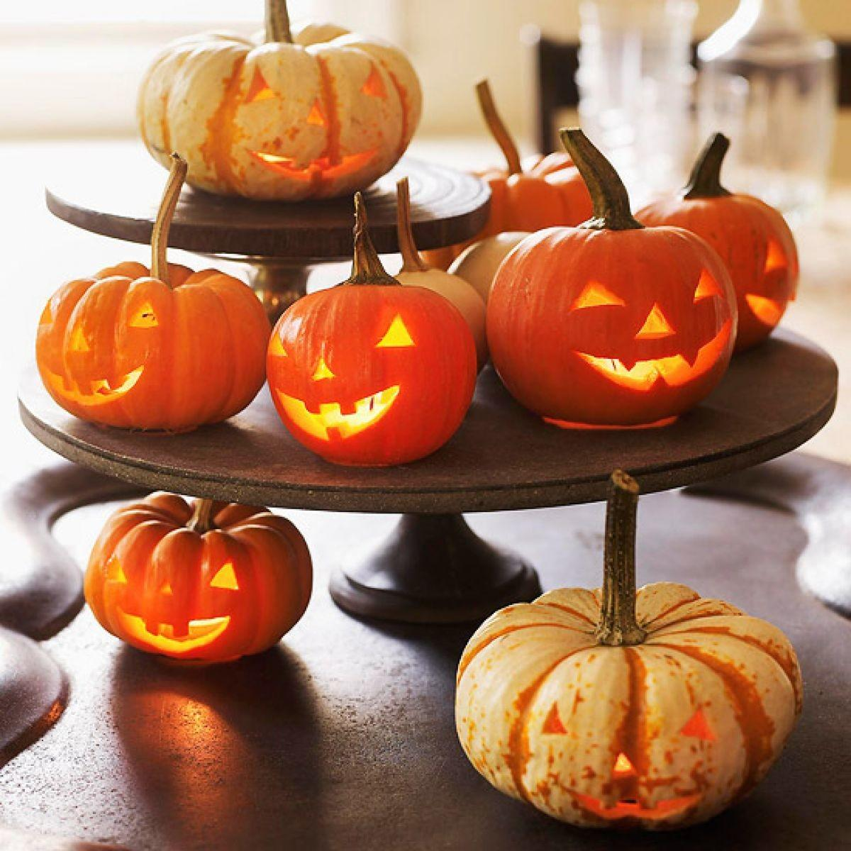 Ways Decorate Your Table Halloween Dinner