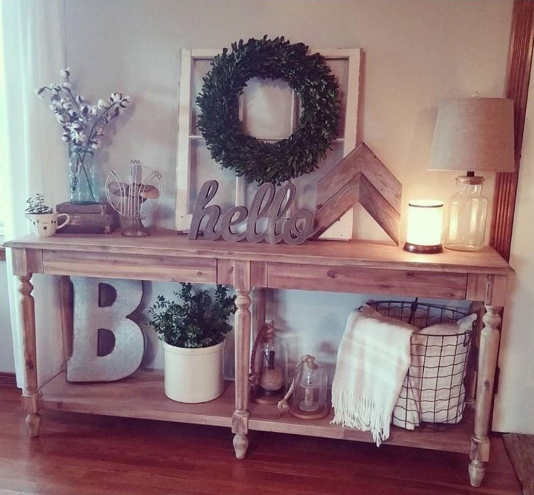 Welcoming Rustic Entryway Decorating Ideas Every