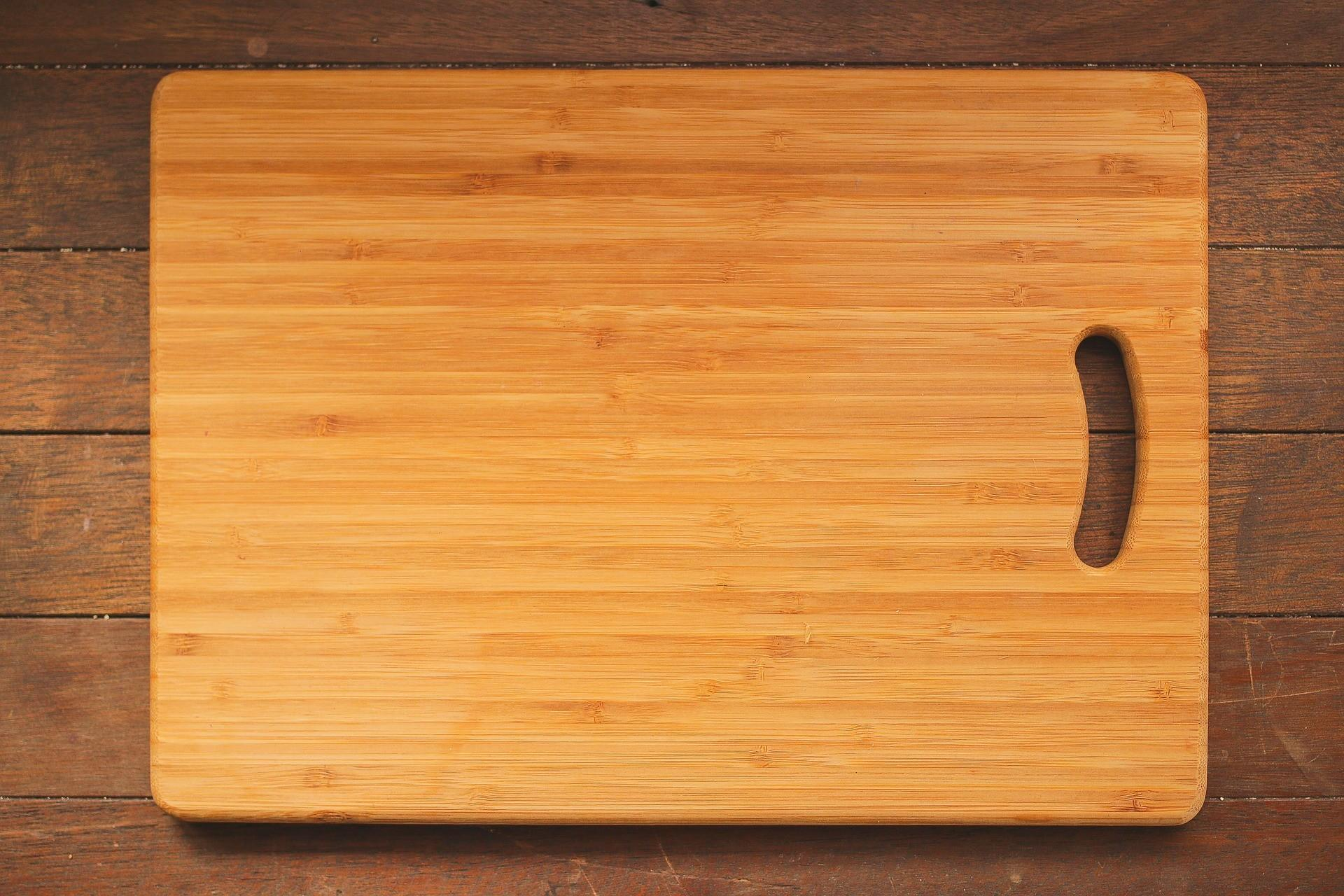 Which Better Wood Plastic Cutting Boards