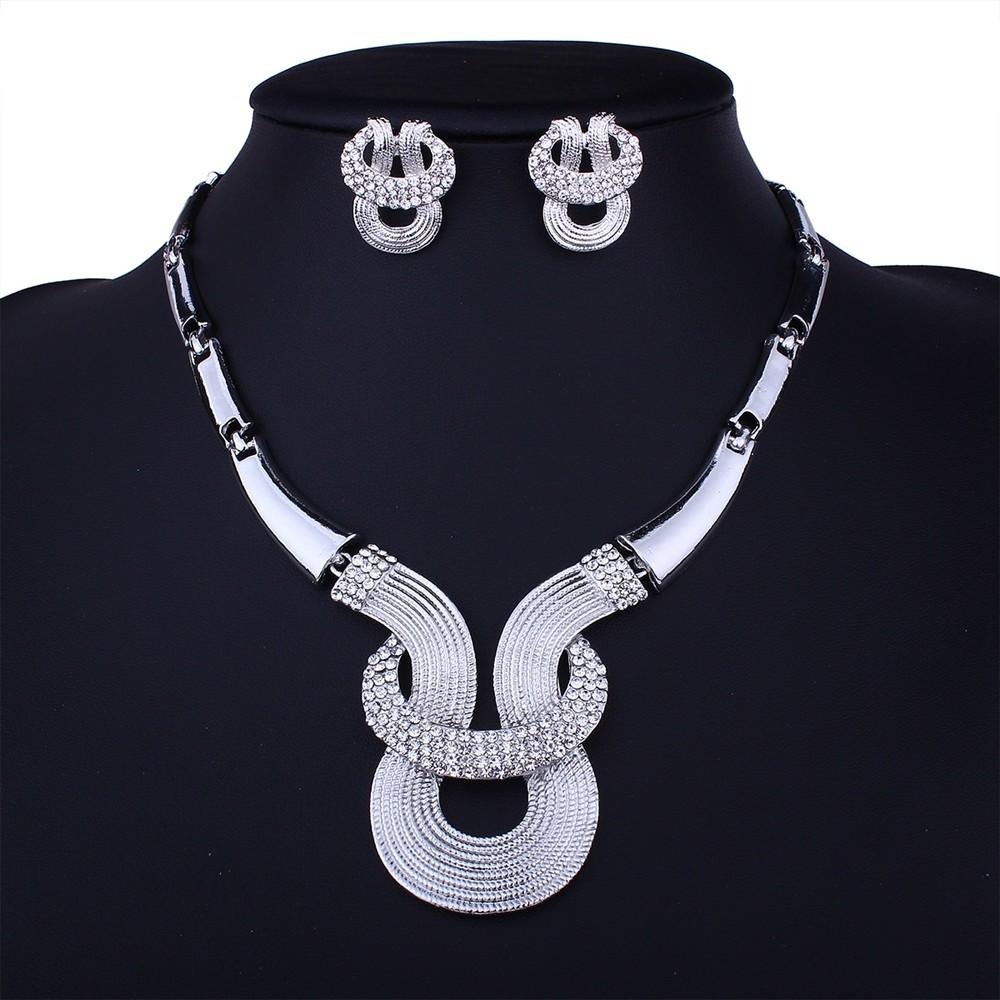 White Alloy Geometric Diamond Necklace Earrings Set