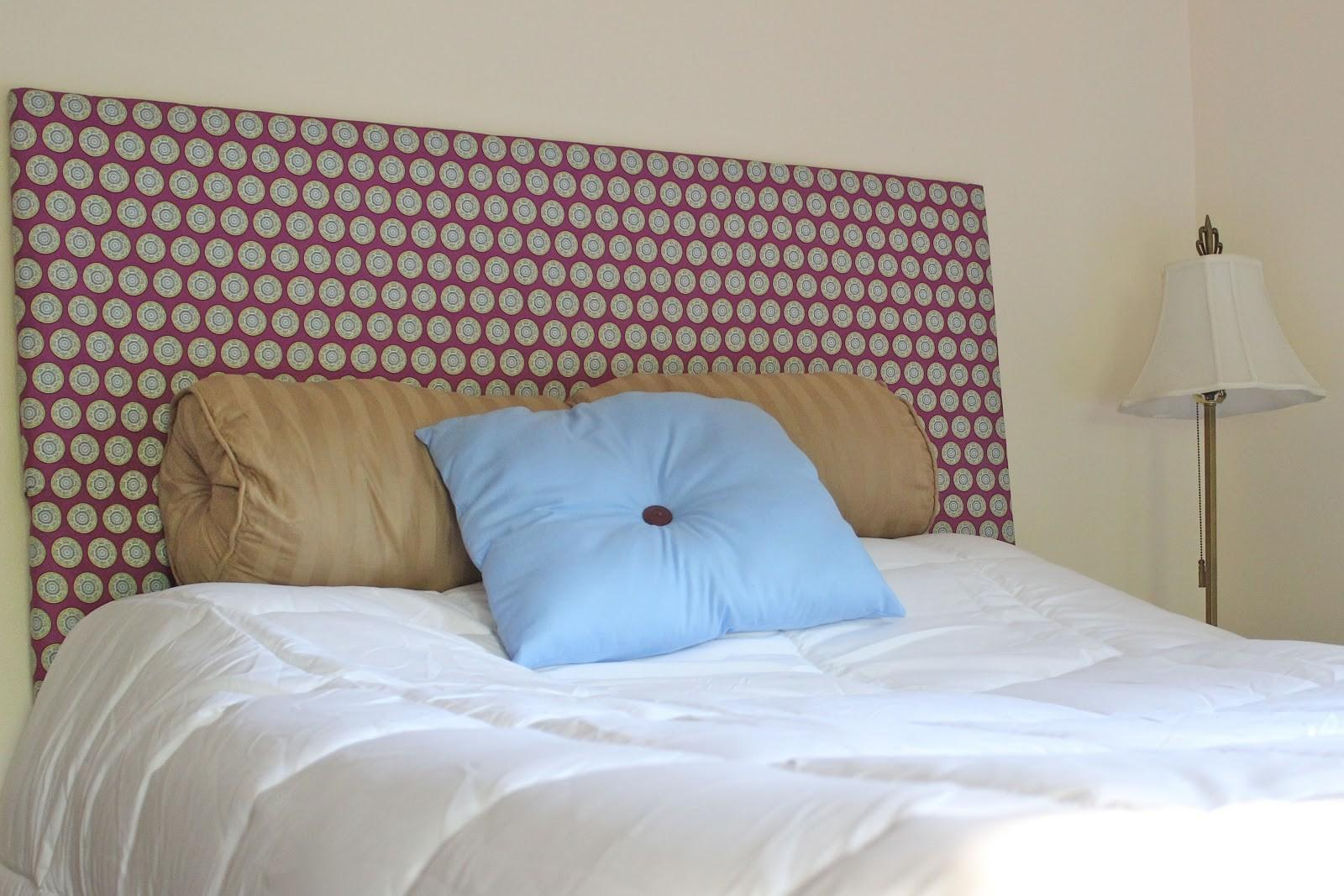 White Armature Side Sweet Blue Pillow Closed Nice Brown