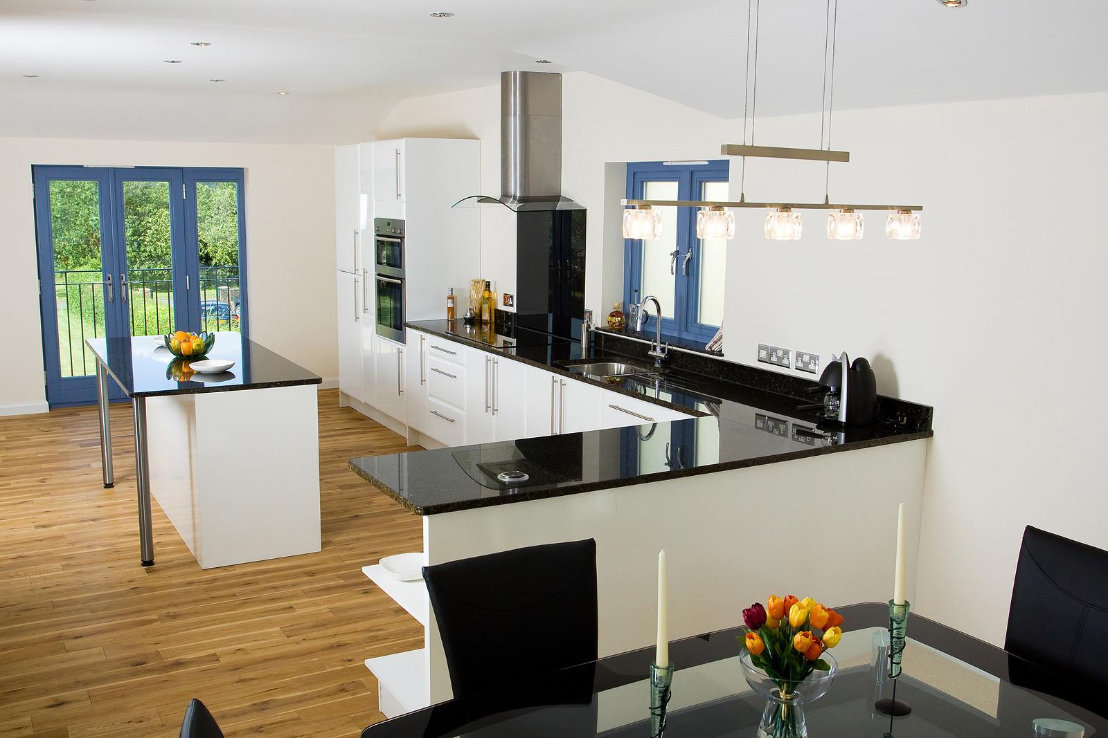 White Black Kitchen Ideas Decobizz