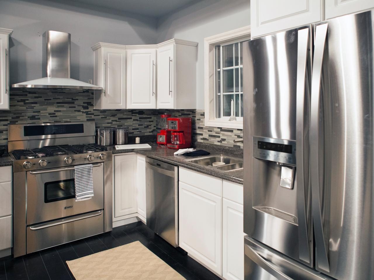 White Kitchen Cabinets Stainless Steel Appliances