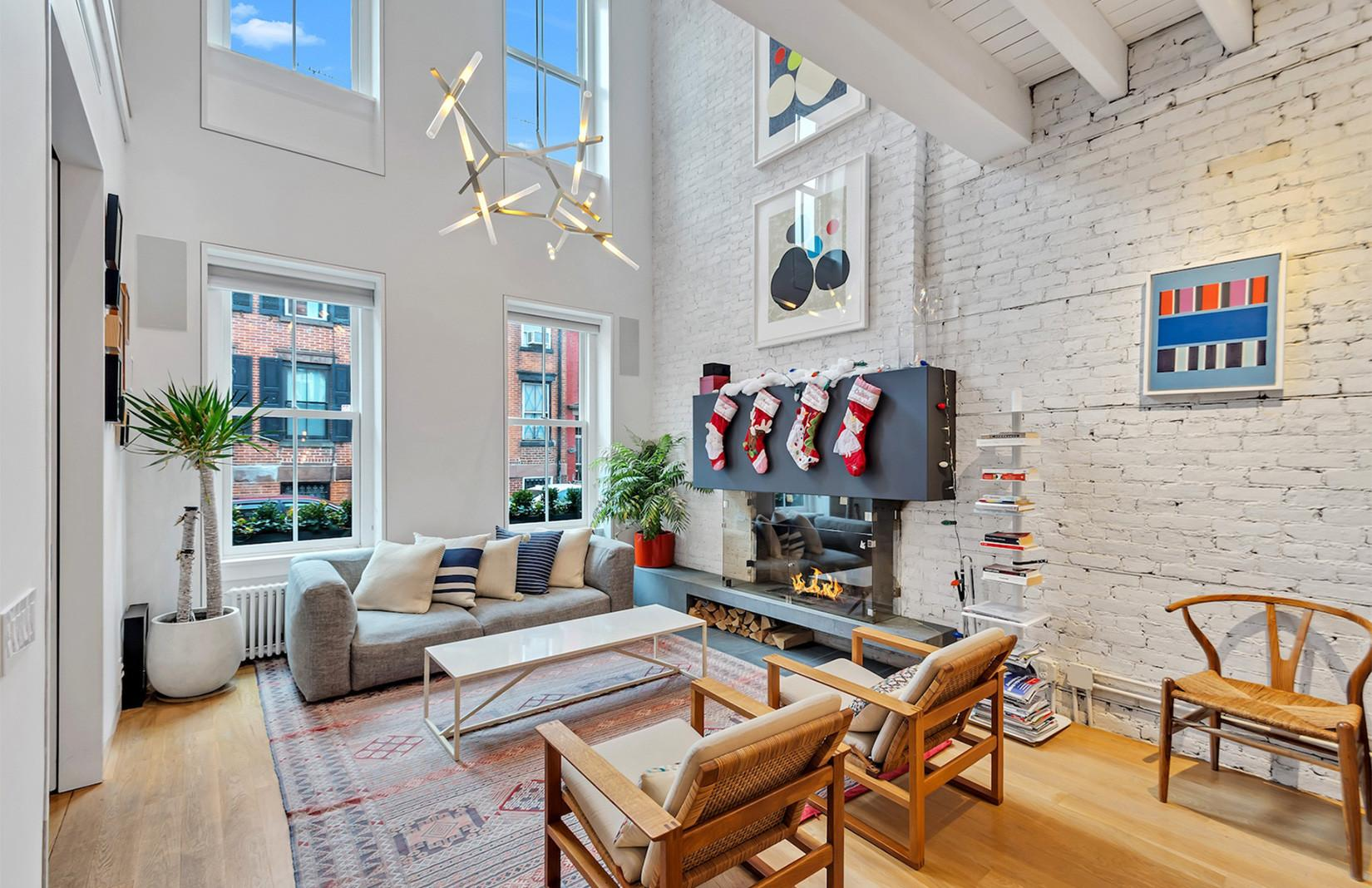 Whitewashed Brooklyn Townhouse Hits Market