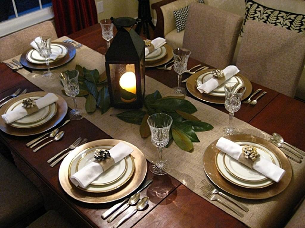 Winsome Thanksgiving Table Decor
