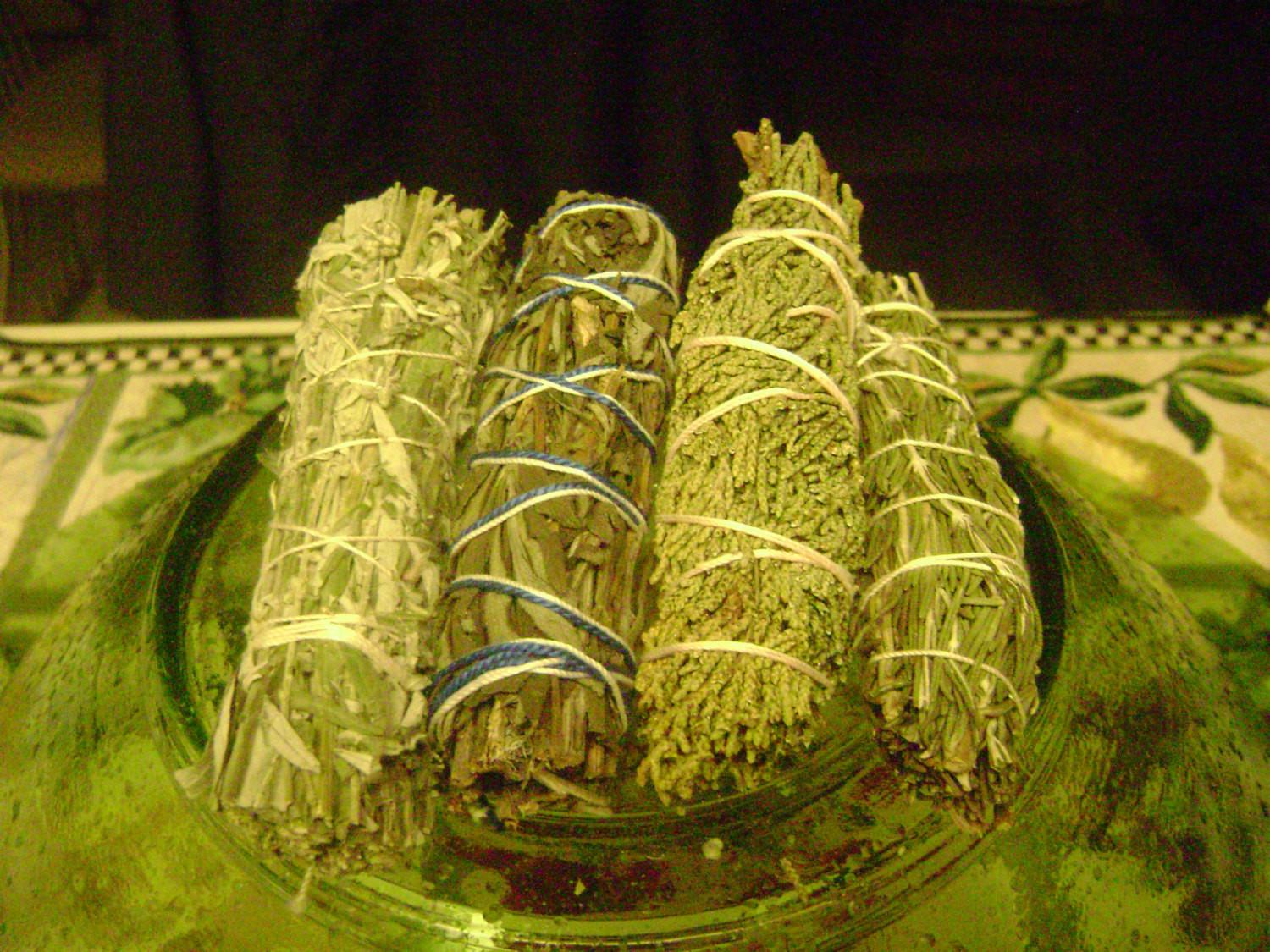Witches Herbs Smudging Set Summer Sale Fullmoonwicca