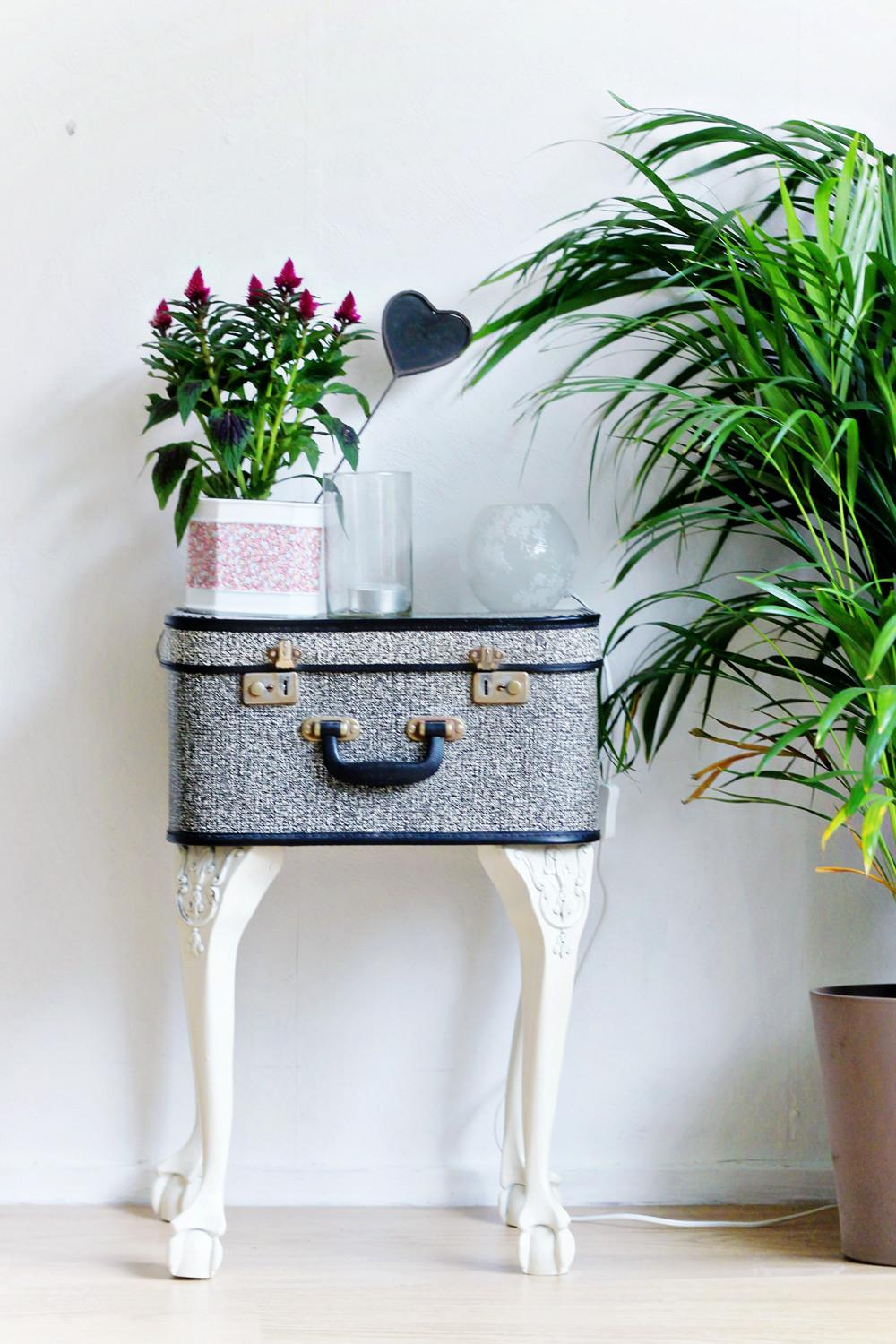 Wonderful Diy Cool Upcycled Suitcase Table