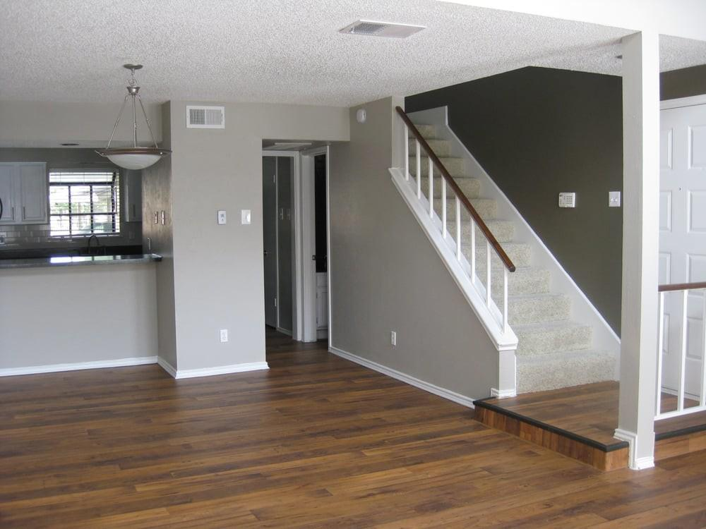 Wood Flooring Two Tone Walls Accent Dramatic