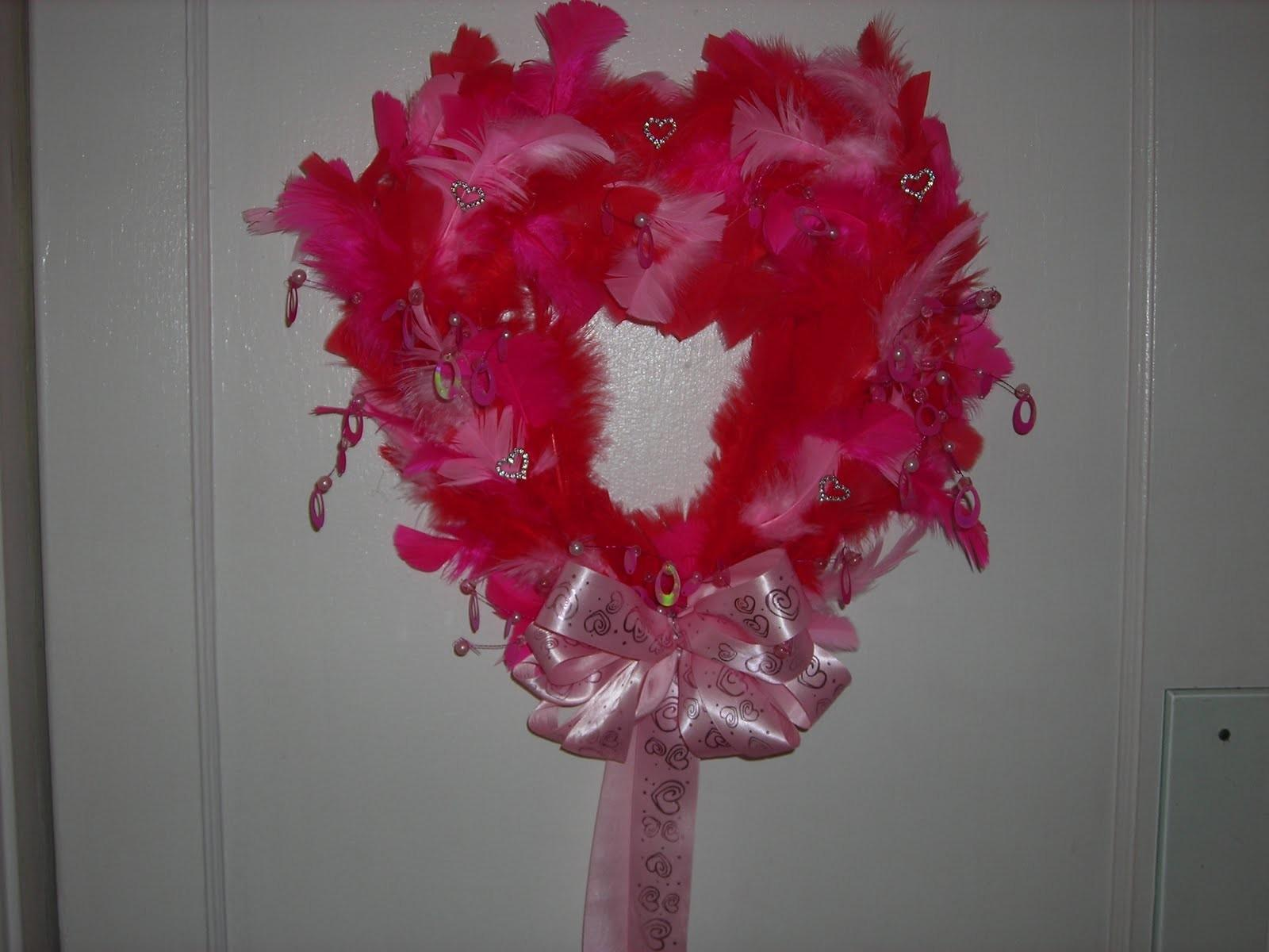 Wreaths Love Feathered Valentines Day Wreath