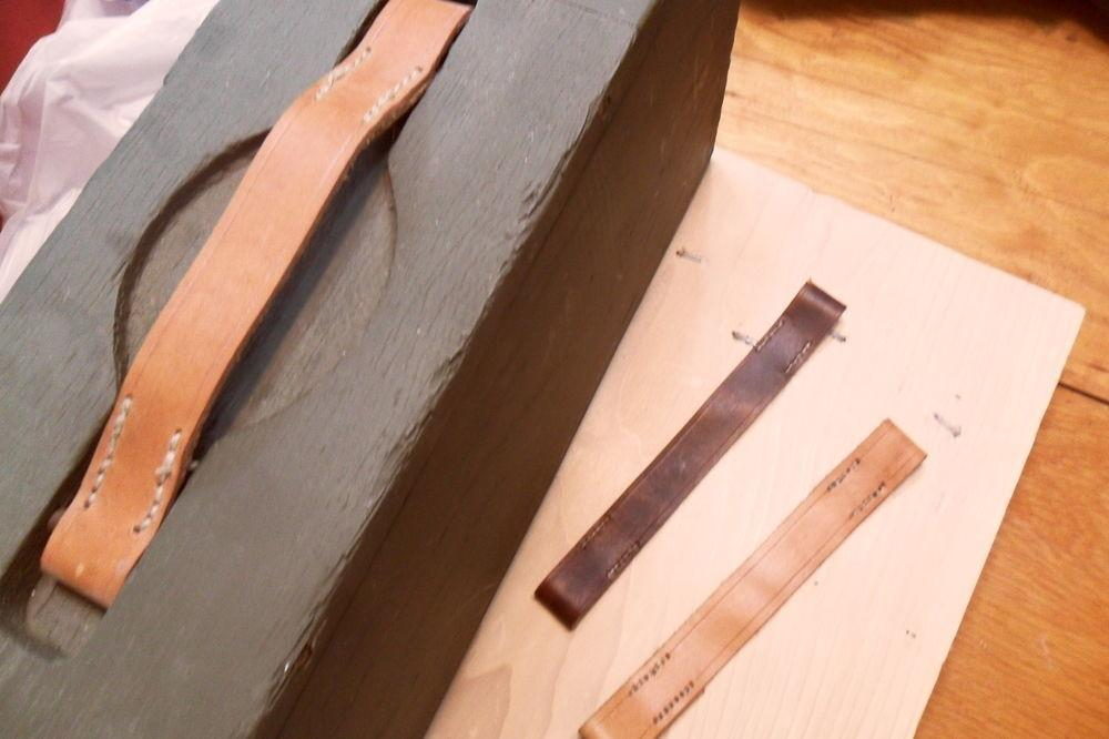 Ww1 1917 Wooden Ammo Box Replacemant Leather Handle