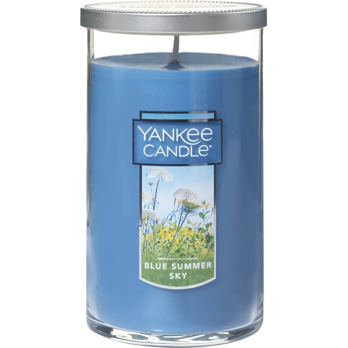 Yankee Candle Blue Summer Sky Medium Perfect Pillar