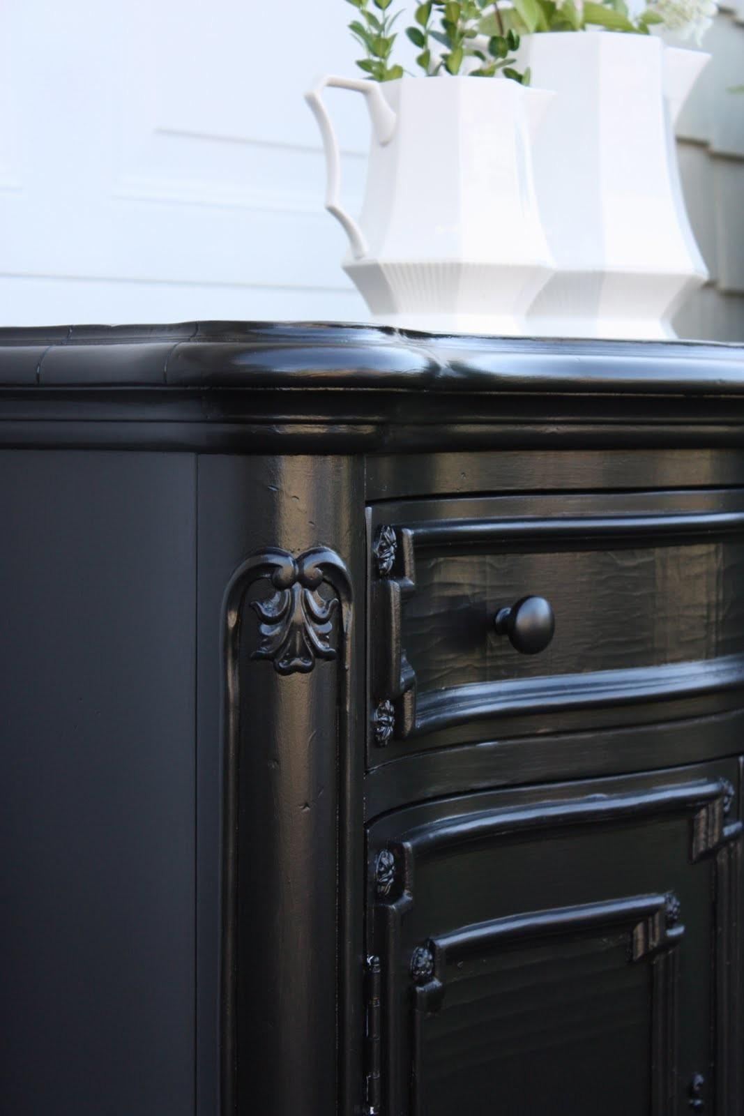 Yellow Cape Cod Glossy Black Finish Rubbed