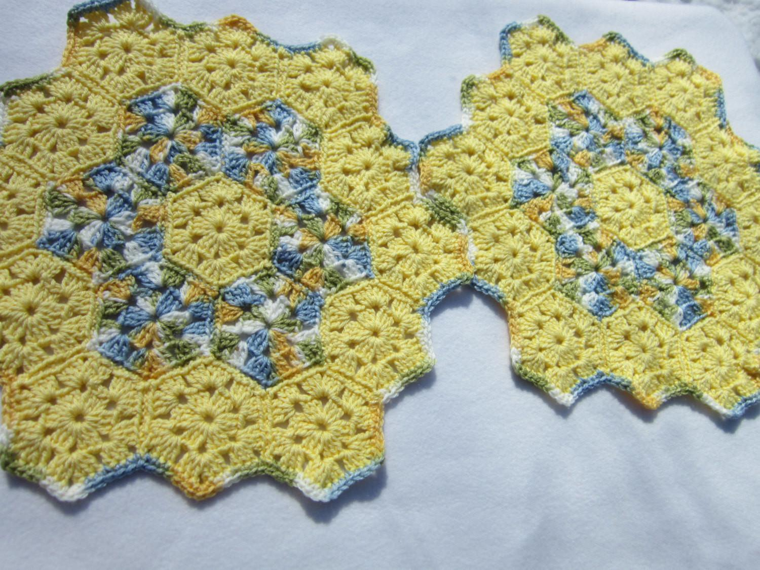 Yellow Doilies Spring Table Decor Placemats Blue